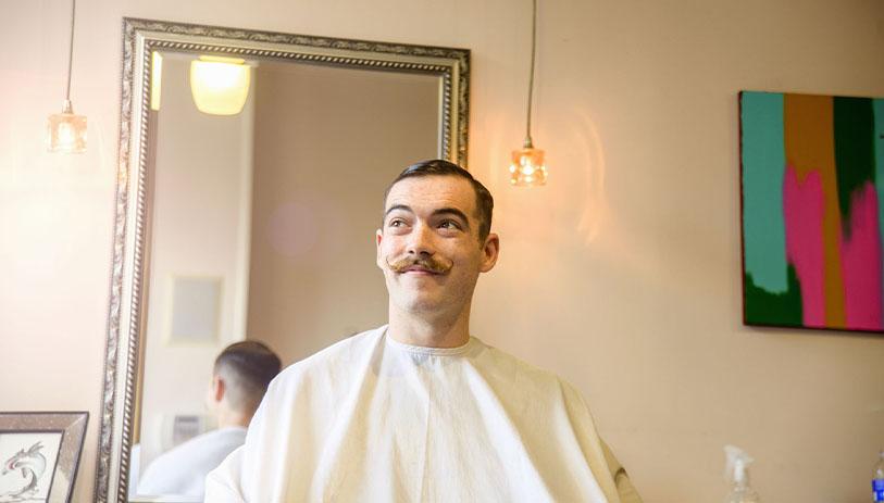 moustache francaise